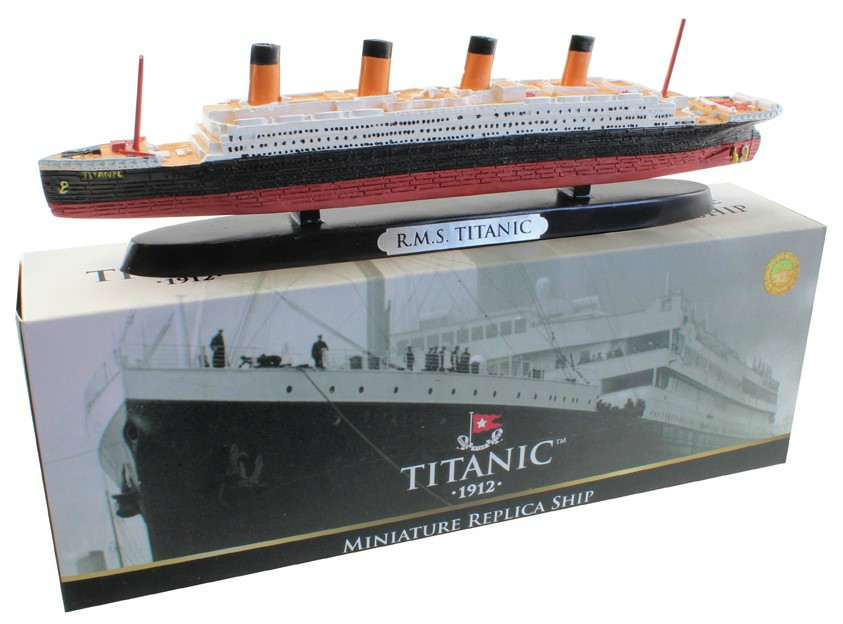 RMS Titanic Resin Cruise Ship Model